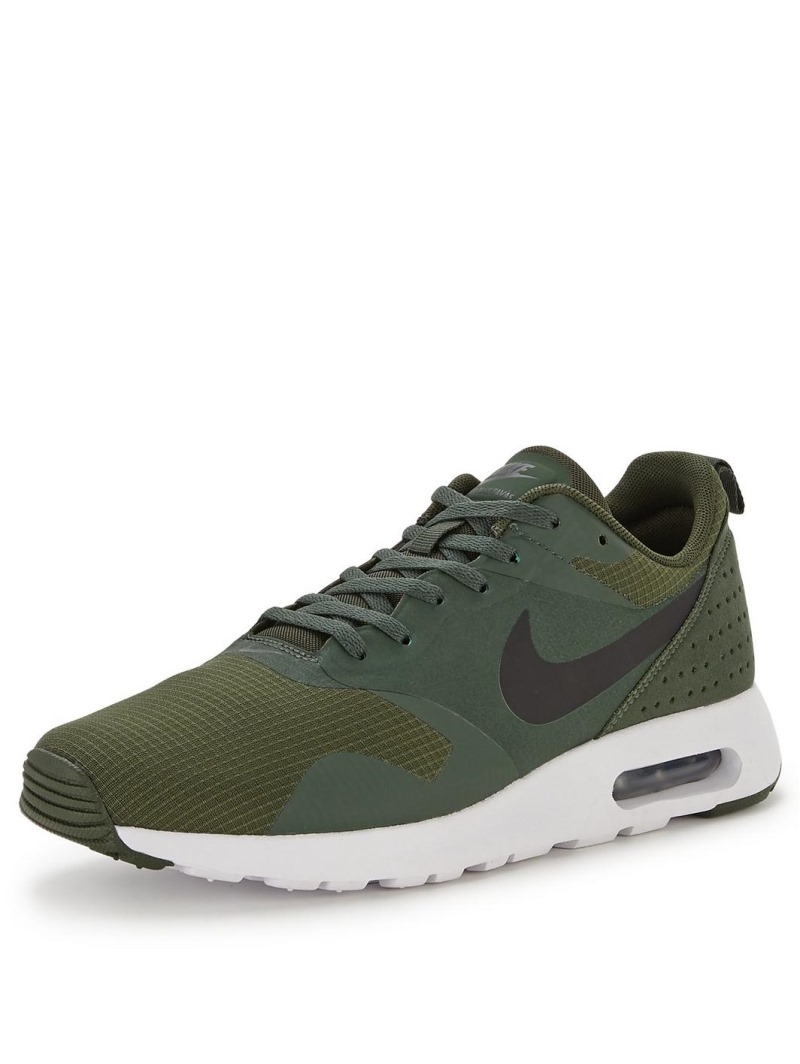 green nike trainers