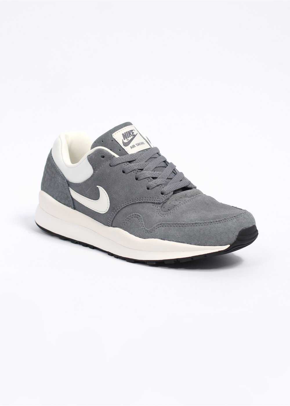 grey nike trainers